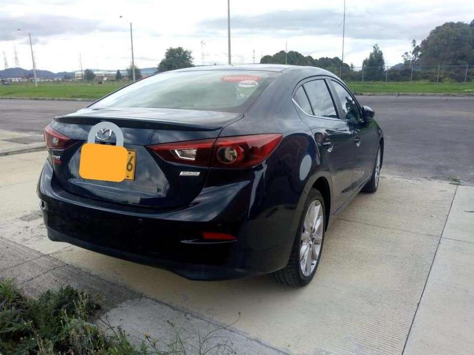 Mazda 3 2019 - 19559 km