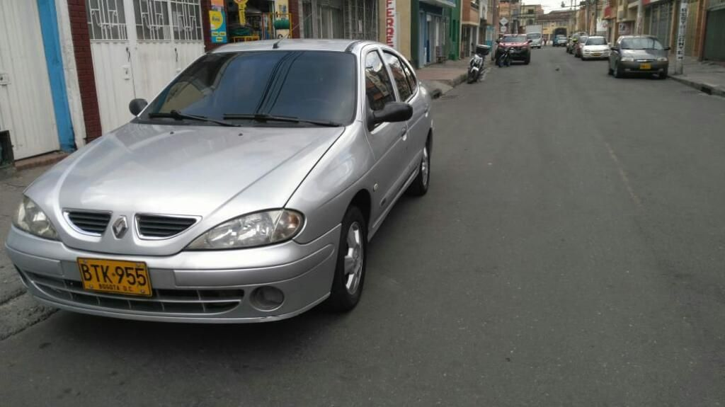 Renault Megane 1400 2006 Full Equipo