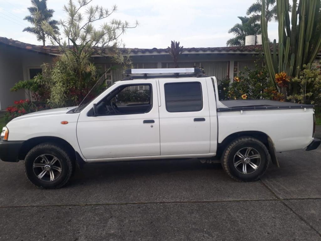 Vendo Nissan Frontier Modelo 2014