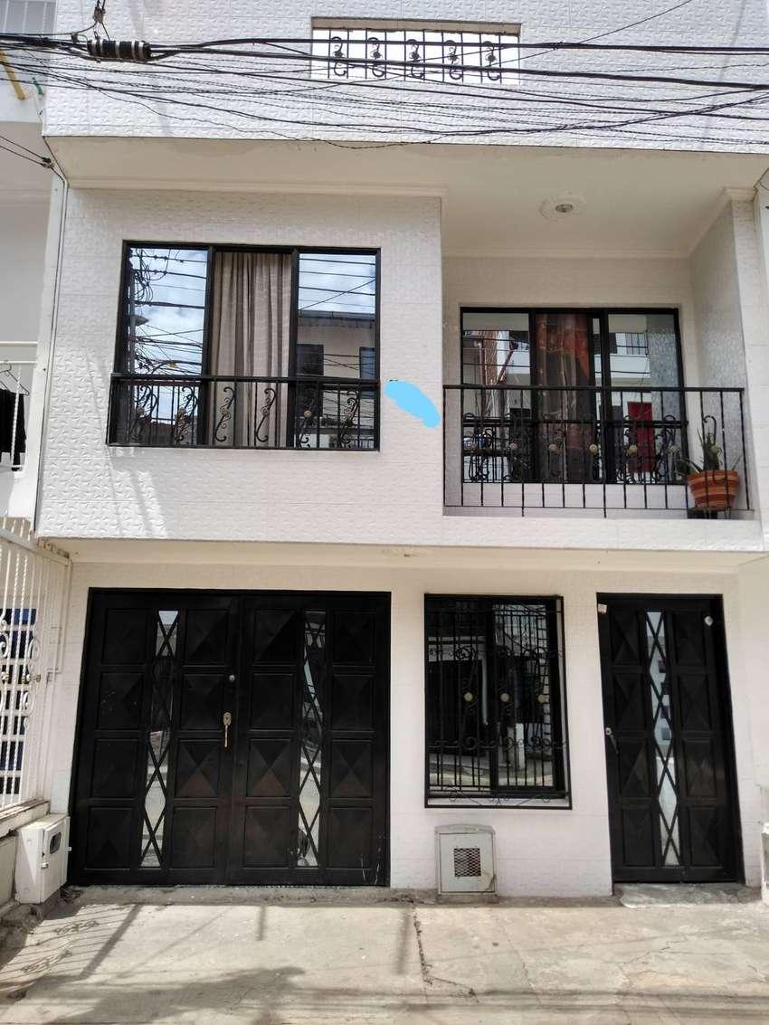 Venta Casa De 2 Pisos Terminados Con Terraza Apartamentos