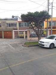 VENDO CASA FRENTE A PARQUE EN SAN MIGUEL