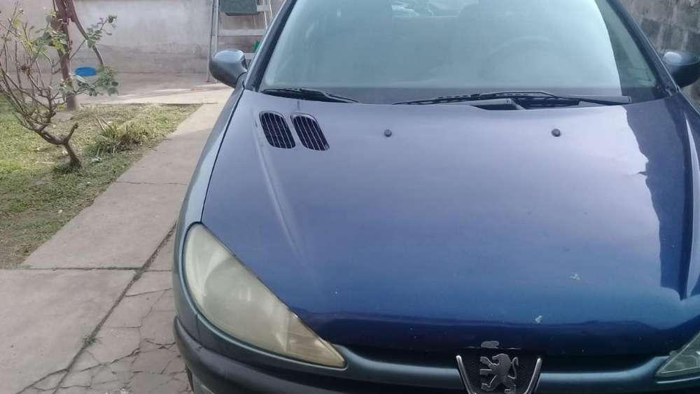 Peugeot 206 2005 - 198000 km