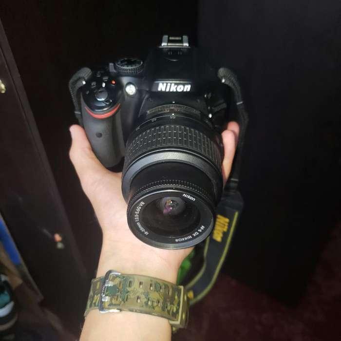 Vendo Camara Profesional Nikon D5200