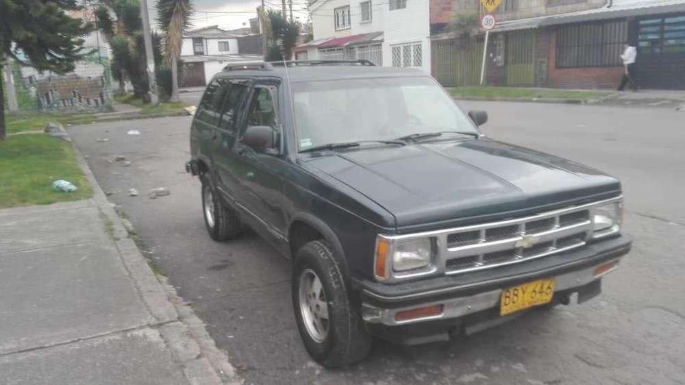Chevrolet Blazer 1993 - 250000 km