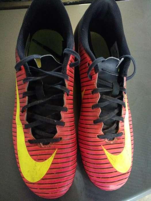 Vendo Botines Nike 39/40