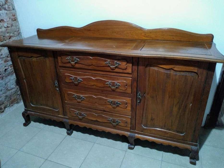 Mueble antiguo estilo provenzal
