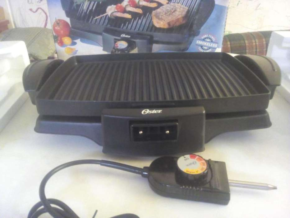Vendo Parrillera Grill OSTER 4767 Nueva y sin uso en Oferta.