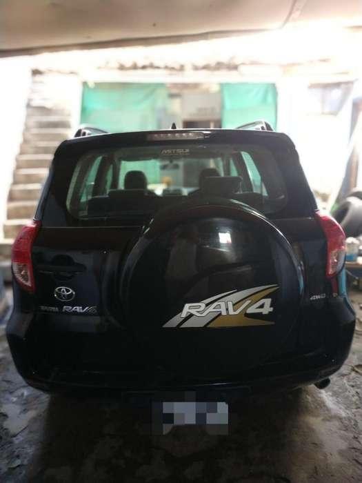 Toyota RAV4 2008 - 125000 km
