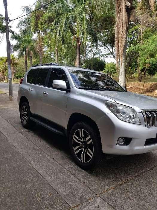 Toyota Prado 2011 - 135000 km
