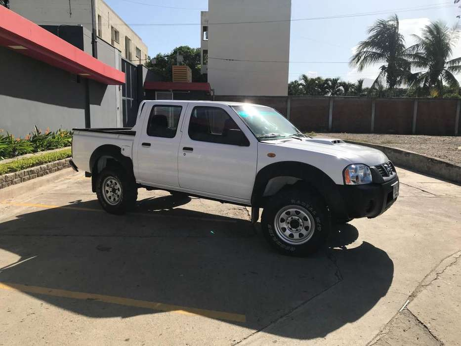 Nissan Frontier 2014 - 242844 km