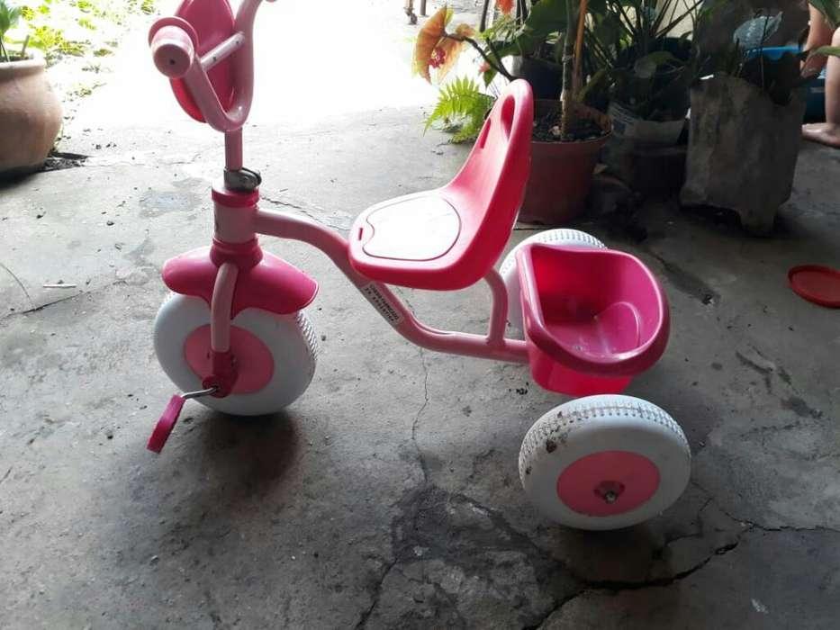 Vendo Triciclo de Nena