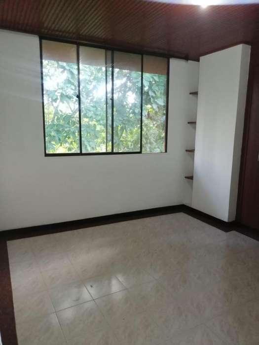 Se vende apartamento en la avenida ambala en Ibague