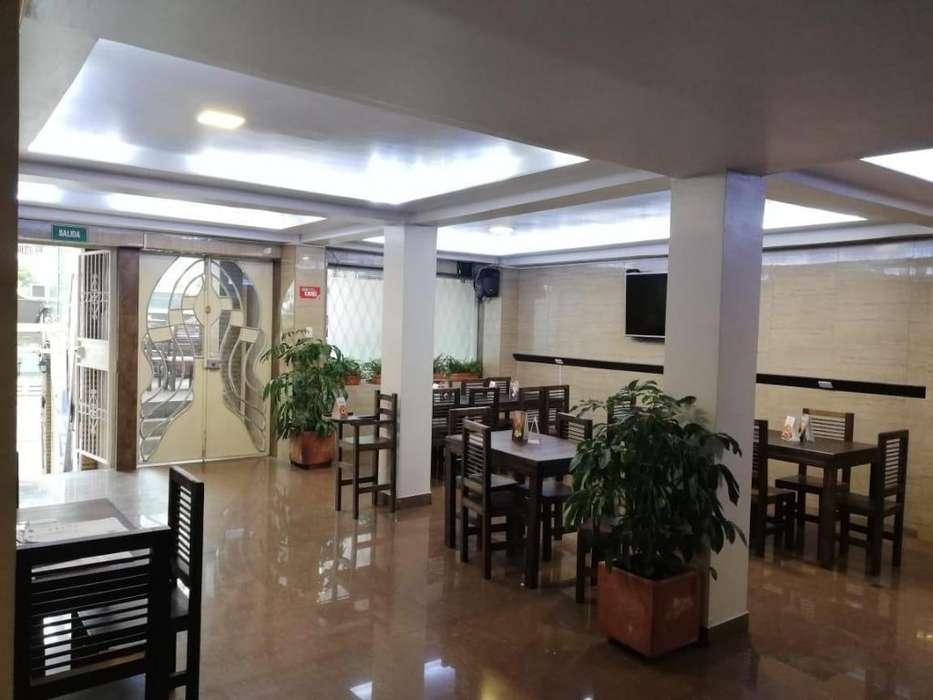 La Floresta, local comercial en renta, 3 ambientes, 210 m2