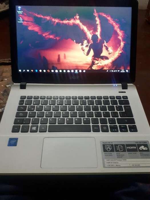 Netbook Acer . . . Vendo