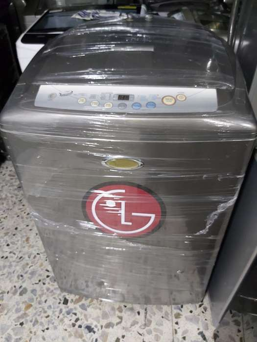 Lavadora Lg 33 Libras con Garantía