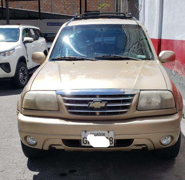 Chevrolet Grand Vitara 2005 - 215000 km
