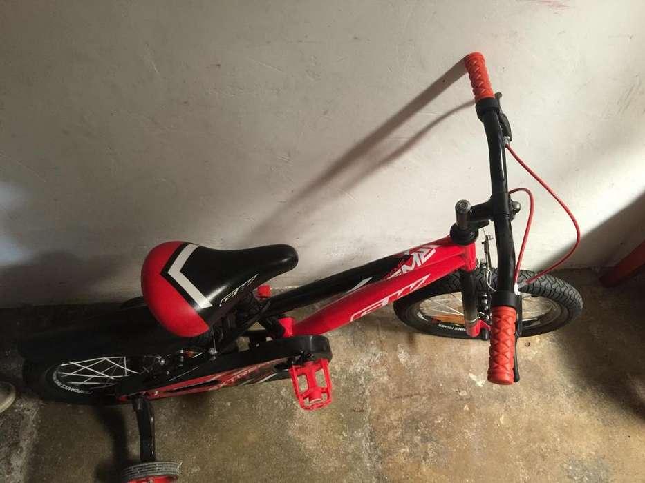 Bicicleta de nio