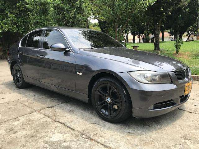 BMW Série 3 2009 - 94000 km