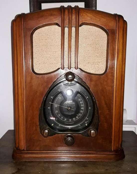 Hermoso mueble original de radio antiguo en perfectas condiciones