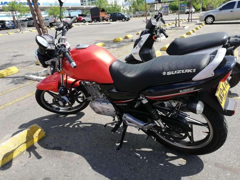 Vendo Moto Gs 125 en Muy Buen Estado