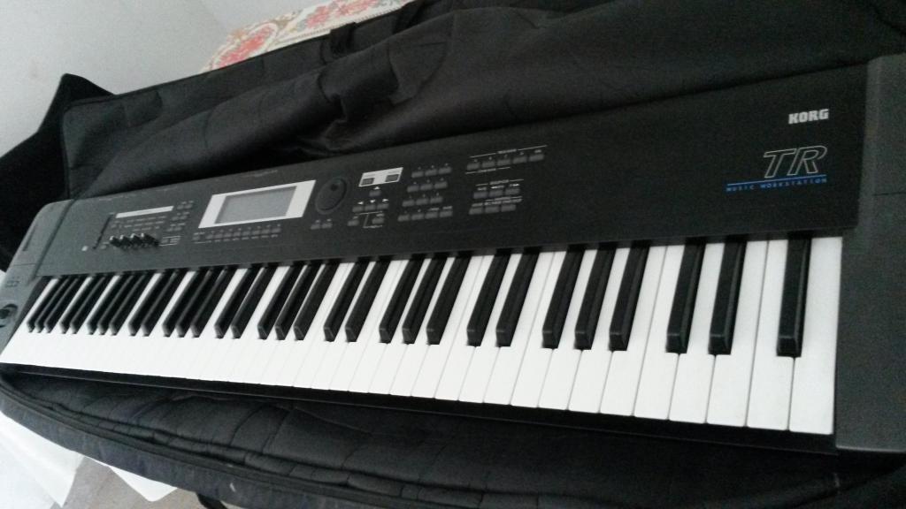 vendo teclado Korg Tr sintetizador