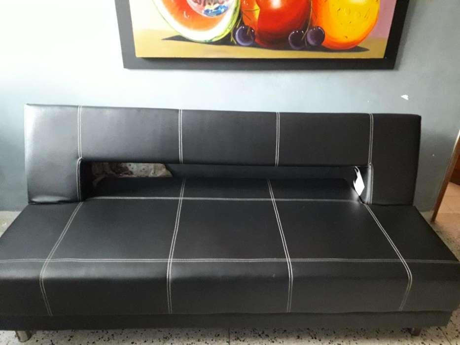 Sofa Cama de Cuero