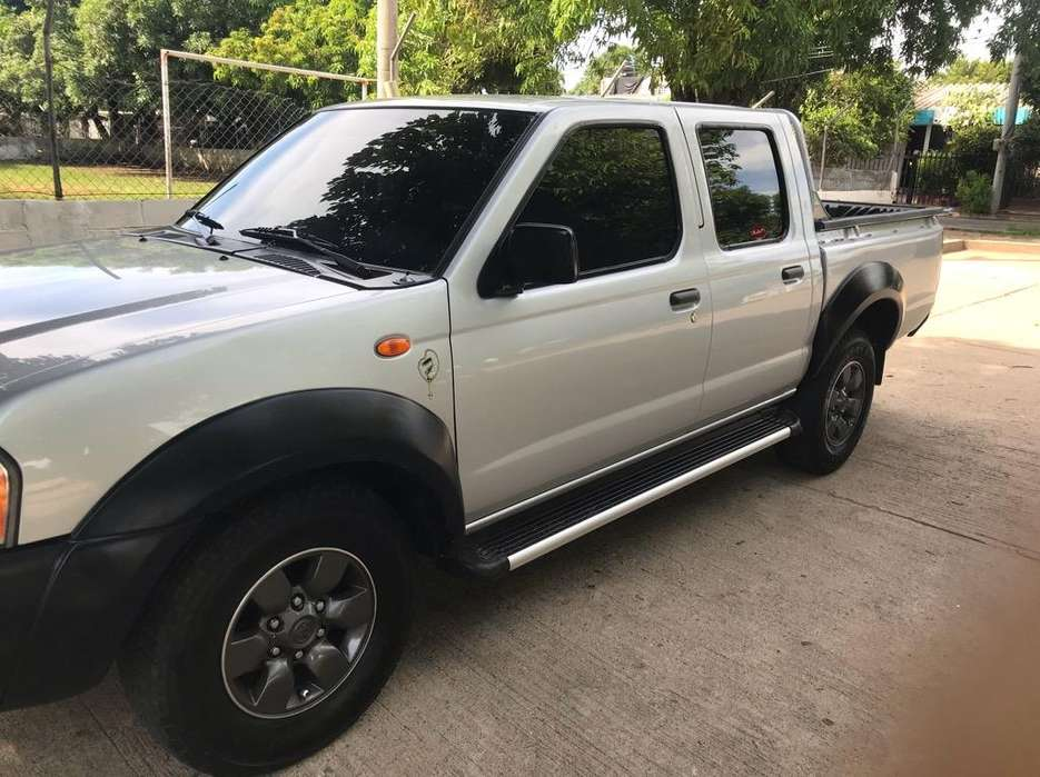 Nissan Frontier 2013 - 97000 km