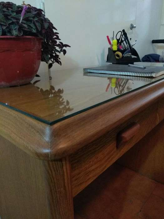 <strong>escritorio</strong> de Roble Resistente Estudio