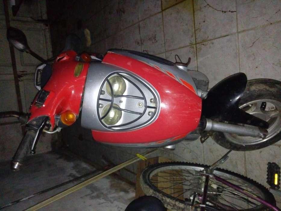 Vendo <strong>scooter</strong> 125cc se vende porque no se usa