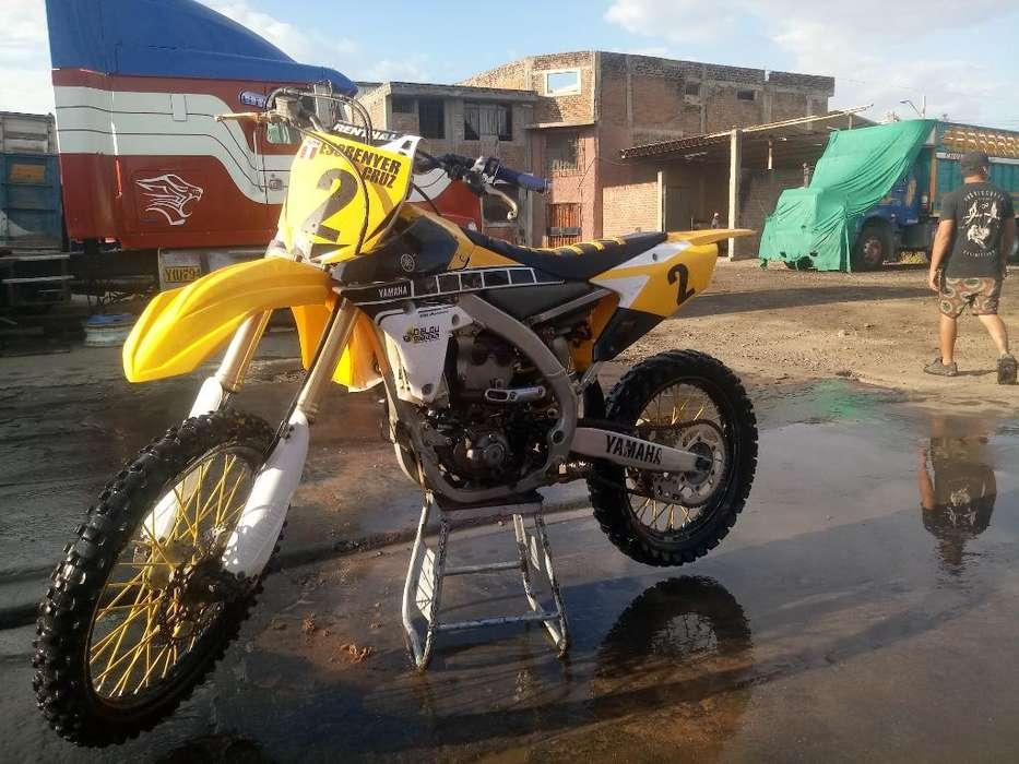 Motocross <strong>yamaha</strong> Yz250f