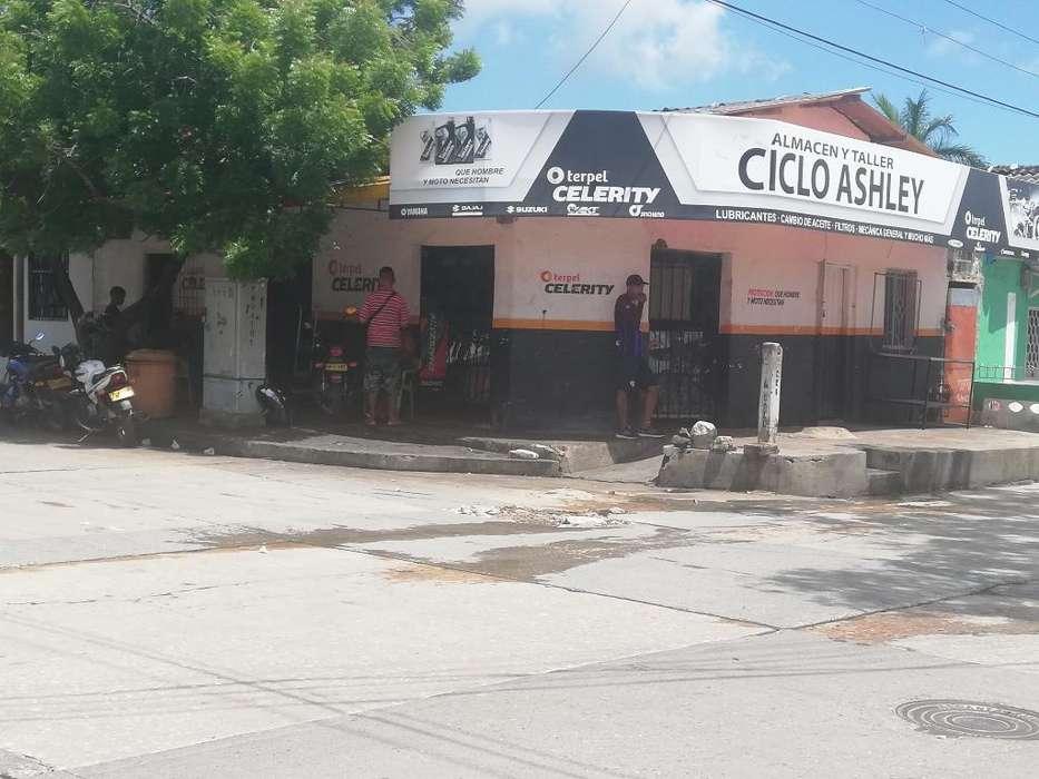 Vendo Local con <strong>negocio</strong> con Toda La Merc