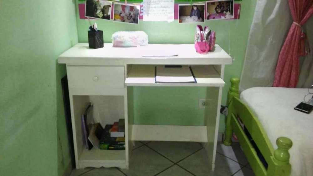 vendo <strong>escritorio</strong> de pino