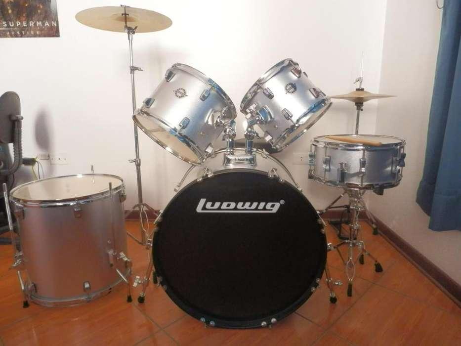 Vendo Batería Acústica Ludwig