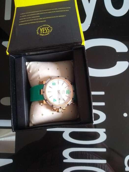 Vendo Reloj Marca Yess Original