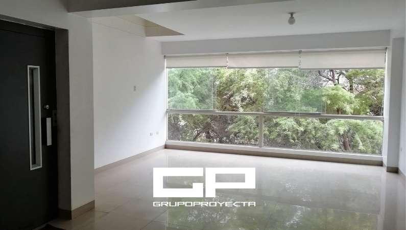 Exclusivo Departamento en VENTA / 4 Dormit., Terraza y 2 Estac., Urb. 4 de Enero, Piura