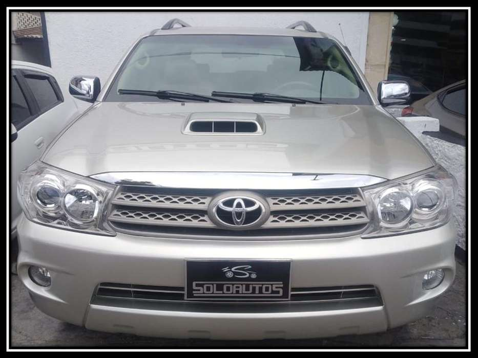 <strong>toyota</strong> Fortuner 2009 - 130000 km
