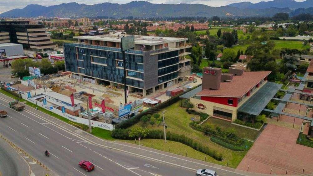 Oficinas para estrenar en Chia, exclusivo Centro de <strong>negocio</strong>s frente al CC Fontanar 18-00185