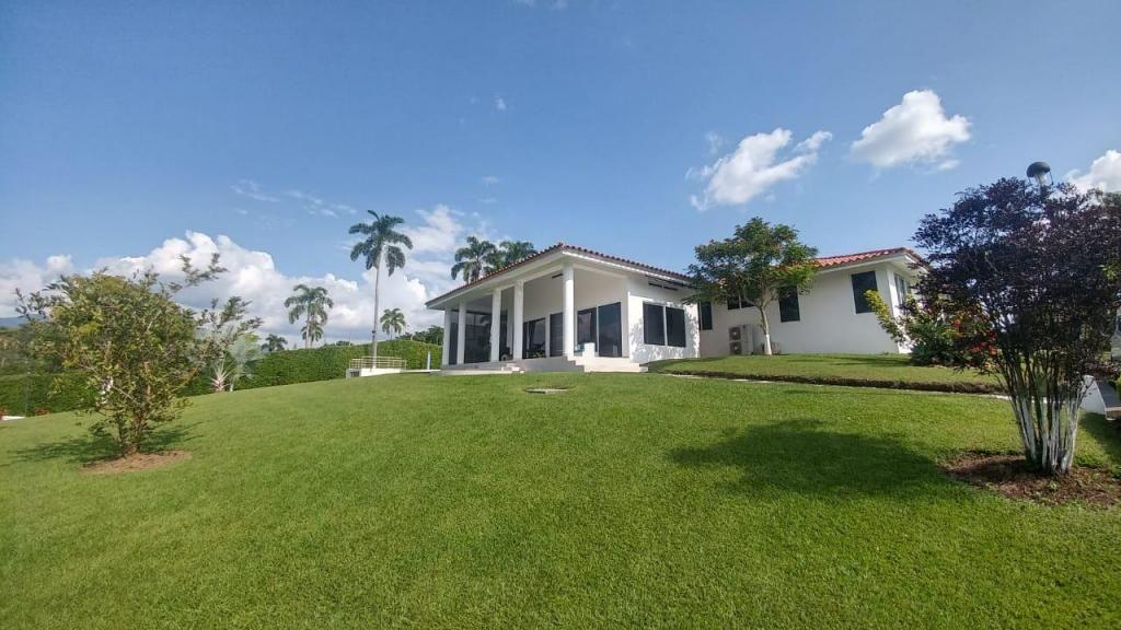 Casa campestre en venta en Cerritos  - wasi_754637