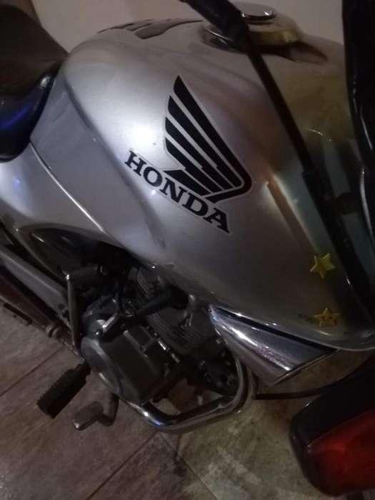 Vendo Honda Estom