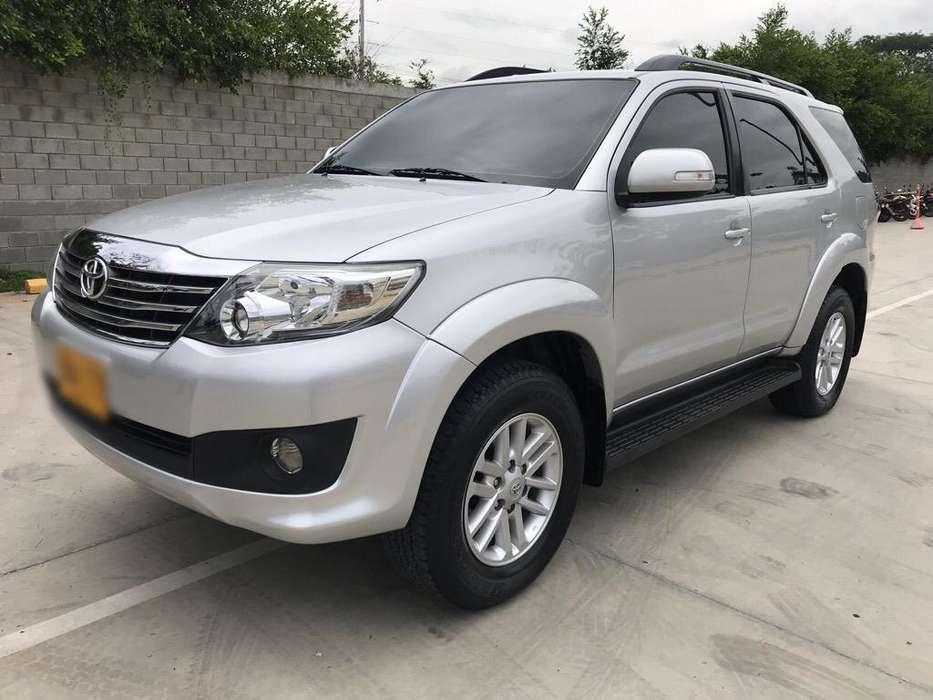 Toyota Fortuner 2015 - 47000 km
