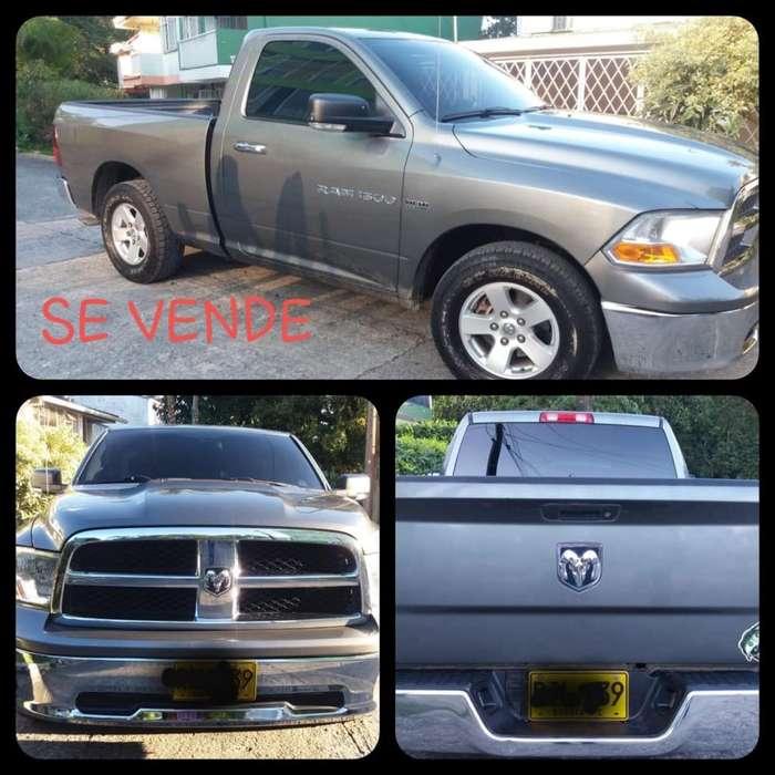 Dodge Ram 2011 - 80000 km