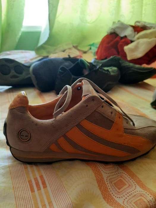 Zapatos Americanos en Perfecto Estado