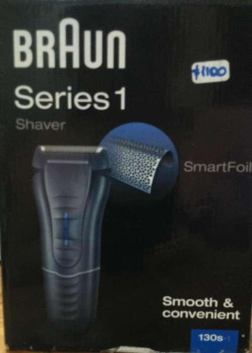 Afeitadora Braun Series 1 130S