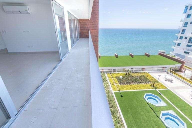 Se vende departamento frente al mar con excelente precio en Edificio Ibiza, Manta