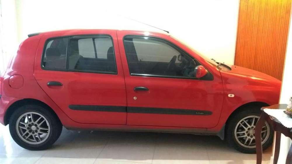 Renault Clio  2007 - 87500 km