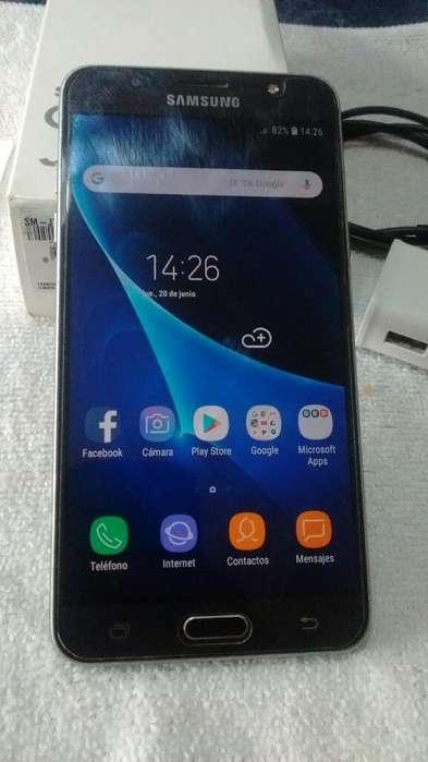 Samsung J7 16 Libre en Caja Impecable