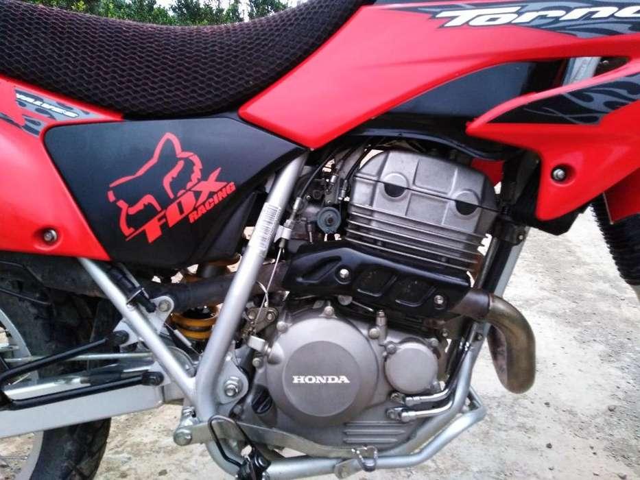 Se Vende <strong>honda</strong> Tornado 250