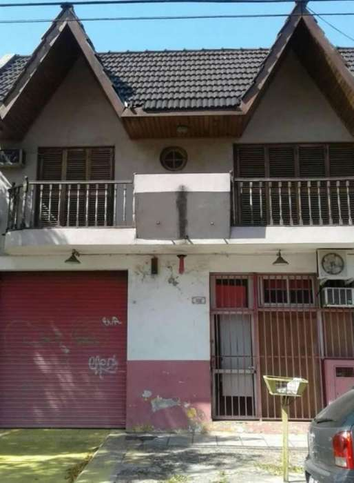 Aquino 5400 Villa Lugano PH 4amb U175.000 Apto Cred