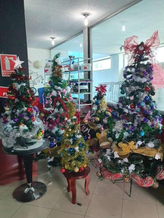 Arboles de Navidad con Todo Incluido