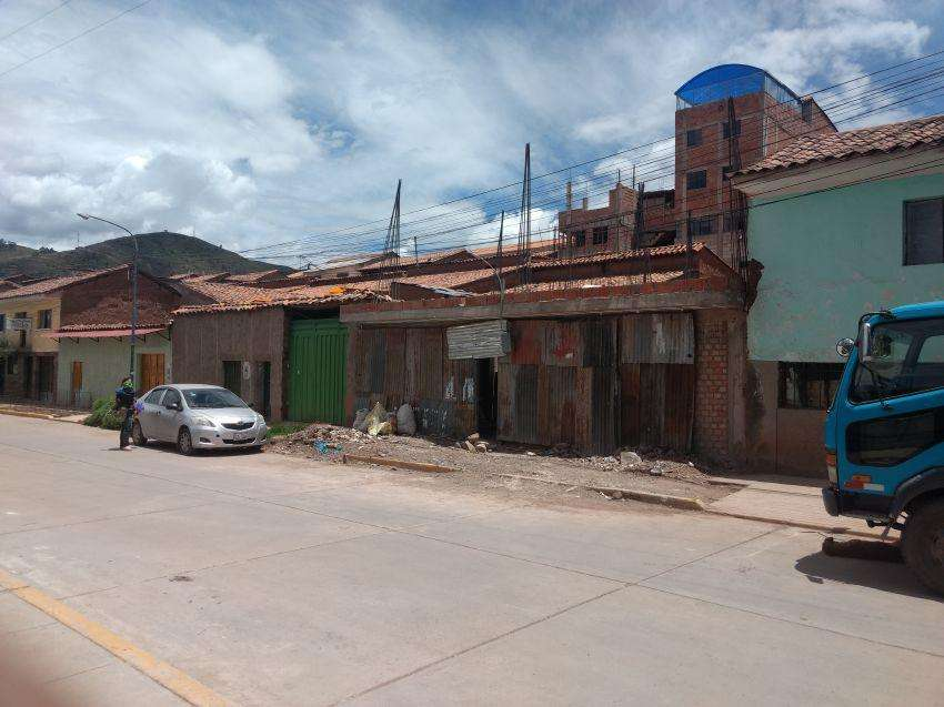 EN VENTA CASA EN CUSCO - URB. AMADEO REPETTO